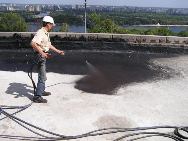 gidroizolyaciya-krovli-texnologiya-processa