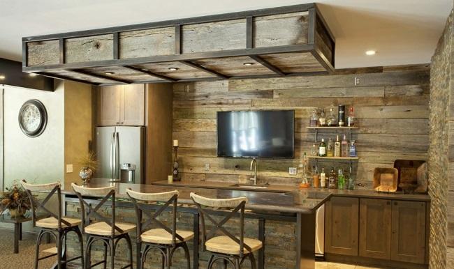 кухня с барной стойкой
